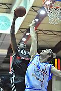 DESCRIZIONE : Eurocup 2013/14 Gr. J Dinamo Banco di Sardegna Sassari -  Brose Basket Bamberg<br /> GIOCATORE : D'Or Fischer<br /> CATEGORIA : Tiro<br /> SQUADRA : Brose Basket Bamberg<br /> EVENTO : Eurocup 2013/2014<br /> GARA : Dinamo Banco di Sardegna Sassari -  Brose Basket Bamberg<br /> DATA : 19/02/2014<br /> SPORT : Pallacanestro <br /> AUTORE : Agenzia Ciamillo-Castoria / Luigi Canu<br /> Galleria : Eurocup 2013/2014<br /> Fotonotizia : Eurocup 2013/14 Gr. J Dinamo Banco di Sardegna Sassari - Brose Basket Bamberg<br /> Predefinita :