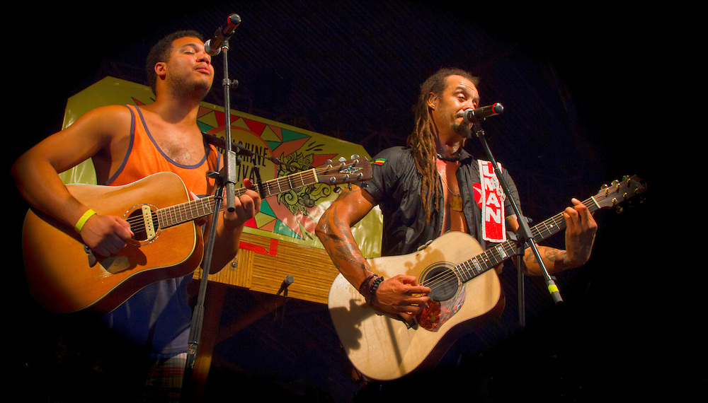 Michael Franti and Spearhead perform in Bali at the First Annual Soulshine Festival with Special Guest Ethan Tucker sitting in to end the set.