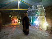 Schamanen Zentrum für Besucher und Touristen mit Eis Skulpturen in der Nähe der sibirischen Stadt Jakutsk. Jakutsk wurde 1632 gegruendet und feierte 2007 sein 375 jaehriges Bestehen. Jakutsk ist im Winter eine der kaeltesten Grossstaedte weltweit mit durchschnittlichen Winter Temperaturen von -40.9 Grad Celsius. Die Stadt ist nicht weit entfernt von Oimjakon, dem Kaeltepol der bewohnten Gebiete der Erde.<br /> <br /> Shaman center for visitors and tourist with ice sculptures close to the city of Yakutsk. Yakutsk was founded in 1632 and celebrated 2007 the 375th anniversary - billboard announcing the celebration. Yakutsk is a city in the Russian Far East, located about 4 degrees (450 km) below the Arctic Circle. It is the capital of the Sakha (Yakutia) Republic (formerly the Yakut Autonomous Soviet Socialist Republic), Russia and a major port on the Lena River. Yakutsk is one of the coldest cities on earth, with winter temperatures averaging -40.9 degrees Celsius.