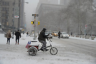 New York, the fifth avenue under the snow