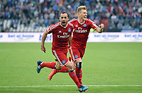 Fotball<br /> Tyskland<br /> 01.06.2015<br /> Foto: Witters/Digitalsport<br /> NORWAY ONLY<br /> <br /> 1:1 Jubel HSV v.l. Torschuetze Marcelo Diaz, Matthias Ostrzolek<br /> Fussball Bundesliga, Relegation Rueckspiel, Karlsruher SC - Hamburger SV