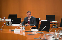 DEU, Deutschland, Germany, Berlin, 14.10.2020: Florian Pronold (SPD), Staatssekretär im Umweltministerium, vor Beginn der 116. Kabinettsitzung im Bundeskanzleramt. Aufgrund der Coronakrise findet die Sitzung derzeit im Internationalen Konferenzsaal statt, damit genügend Abstand zwischen den Teilnehmern gewahrt werden kann.