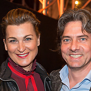 NLD/Amsterdam/20190228 - inloop Amsterdamse première musical Soof, Barbara de Loor en partner Ronald van Bruchem