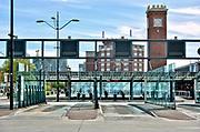 Nederland, Nijmegen, 1-5-2018 Het busstation, busterminal, bij het treinstation van de stad is leeg vanwege een landelijke staking van de streekbussen. Ironie vanwege de dag van de arbeid . Foto: Flip Franssen