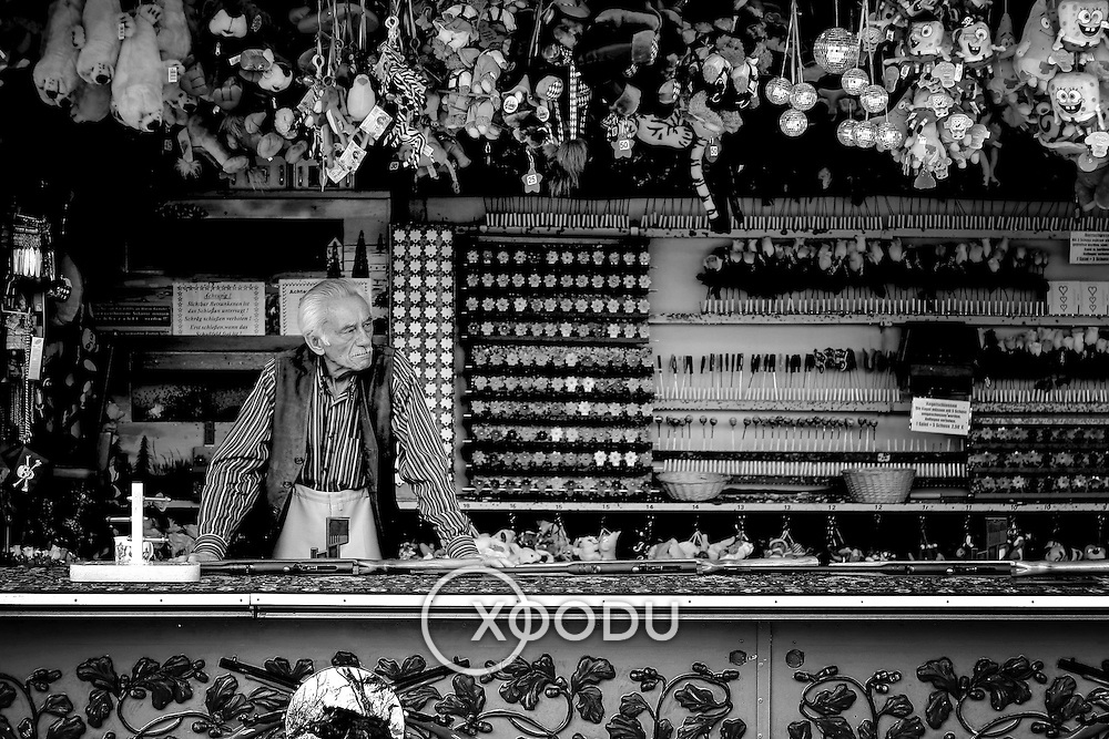 Waiting for customers, Munich, Germany (September 2005)