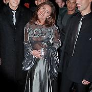 Playboy Millenium Party, Josefine van Asdonk met begeleiders