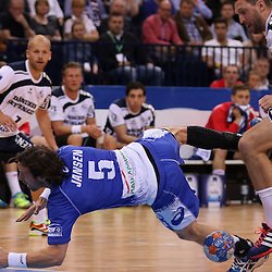 Hamburg, 24.05.2015, Sport, Handball, DKB Handball Bundesliga, HSV Handball - SG Flensburg-Handewitt : Torsten Jansen (HSV Handball, #05), Tobias Karlsson (SG Flensburg-Handewitt, #03)<br /> <br /> Foto © P-I-X.org *** Foto ist honorarpflichtig! *** Auf Anfrage in hoeherer Qualitaet/Aufloesung. Belegexemplar erbeten. Veroeffentlichung ausschliesslich fuer journalistisch-publizistische Zwecke. For editorial use only.