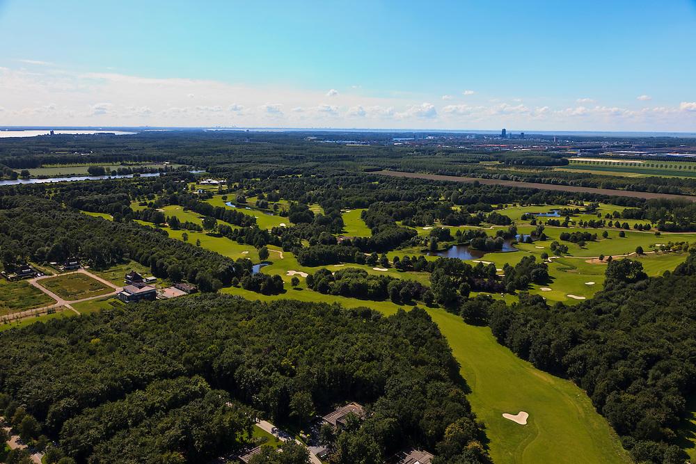 Nederland, Flevoland, Almere-Hout, 30-06-2011; Golfterrein bij Almere in de polder. .Golf Course at Almere in the polder..luchtfoto (toeslag), aerial photo (additional fee required).copyright foto/photo Siebe Swart