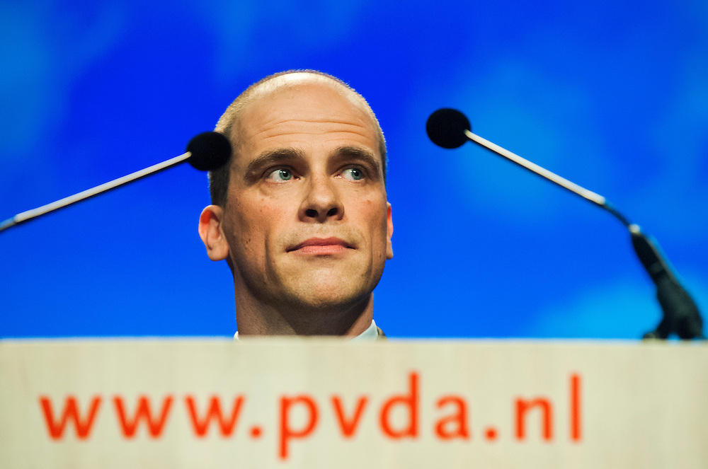 Nederland, Leeuwarden, 27 april 2013.PvdA congres in WTC Leeuwarden..Toespraak Diederik Samsom, fraktievoorzitter in de tweede kamer, tot het congres.Foto(c): Michiel Wijnbergh
