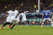 Leroy Fer of Swansea City (c) shoots high over the crossbar. Premier league match, Everton v Swansea city at Goodison Park in Liverpool, Merseyside on Saturday 19th November 2016.<br /> pic by Chris Stading, Andrew Orchard sports photography.