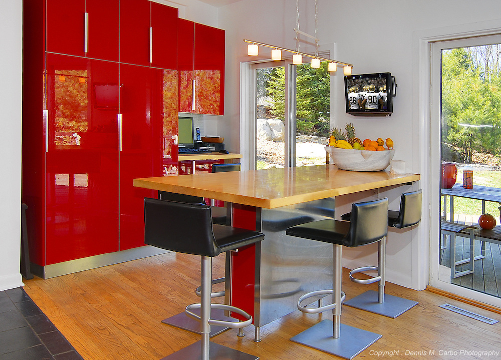 Red Lacquer Dining Room