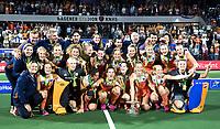 AMSTELVEEN -  Feest bij Oranje na de damesfinale Nederland-Belgie bij de Rabo EuroHockey Championships 2017. COPYRIGHT KOEN SUYK