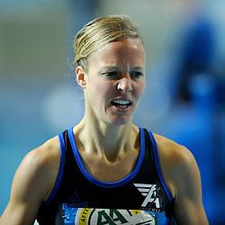 07-02-2010 ATLETIEK: NK INDOOR: APELDOORN<br /> Nederlands kampioen 1500 meter Helen Hofstede<br /> ©2010-WWW.FOTOHOOGENDOORN.NL