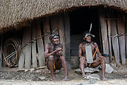 Dani tribe men Jiwika<br /> Jiwika village<br /> Suroba<br /> Trikora Mountains<br /> West Papua<br /> Indonesia