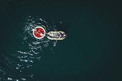 THEMENBILD - Menschen kühlen sich im Wasser des Zeller Sees ab, aufgenommen am 28. Juli 2020 in Zell am See, Österreich // People cool down in the water of the Zeller See, Zell am See, Austria on 2020/07/28. EXPA Pictures © 2020, PhotoCredit: EXPA/ JFK
