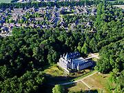Nederland, Gelderland, Gemeente Renswoude, 14–05-2020; Gelderse Vallei met Kasteelbos en Kasteel Renswoude. Bebouwde kom van het dorp in de achtergrond.<br /> <br /> luchtfoto (toeslag op standaard tarieven);<br /> aerial photo (additional fee required)<br /> copyright © 2020 foto/photo Siebe Swart