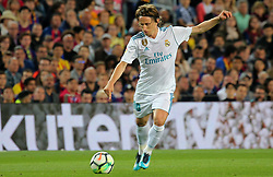 May 6, 2018 - Barcelona, Catalonia, Spain - Luka Modric during the match between FC Barcelona and Real Madrid CF, played at the Camp Nou Stadium on 06th May 2018 in Barcelona, Spain.  Photo: Joan Valls/Urbanandsport /NurPhoto. (Credit Image: © Joan Valls/NurPhoto via ZUMA Press)