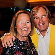 NLD/Noordwijk/20100502 - Gerard Joling 50ste verjaardag, Jan van Doorn en partner