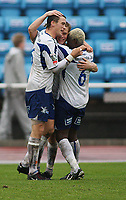 Fotball Adeccoliga 1 divisjon <br />Sandnes Ulf - FK Haugesund 251008<br /><br />Foto: Sigbjørn Andreas Hofsmo, Digitalsport<br /><br />jubel etter scoring av Cameron Weaver - Victorian Djedje
