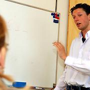 NLD/Huizen/20050630 - Mark Tichelaar, cursus Speedreading..snel lezen
