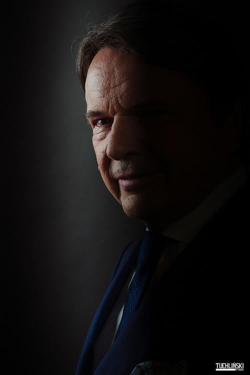 Warszawa. 15.09.2015r. Zbigniew Jakubas, polski przedsiębiorca, jeden z najbogatszych ludzi w Polsce.<br /> Fot. Adam Tuchlinski dla Forbes
