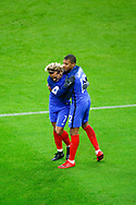 Antoine Griezmann (FRA) scored the first goal against Wayne Hennessey (WAL) and celebrated it with Kylian Mbappe (FRA) during the 2017 Friendly Game football match between France and Wales on November 10, 2017 at Stade de France in Saint-Denis, France - Photo Stephane Allaman / ProSportsImages / DPPI