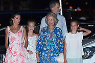 080419 Spanish Royals leaves Ola de Mar after a family dinner