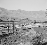 0001-F55-04. September 9, 1956.  Oregon Camera Club field trip to Celilo Falls.