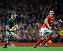 Handre Pollard of South Africa<br /> <br /> Photographer Simon King/Replay Images<br /> <br /> Under Armour Series - Wales v South Africa - Saturday 24th November 2018 - Principality Stadium - Cardiff<br /> <br /> World Copyright © Replay Images . All rights reserved. info@replayimages.co.uk - http://replayimages.co.uk
