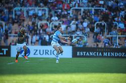 August 25, 2018. Malvinas Argentinas Stadium, Mendoza, Argentina.<br /> EMILIANO BOFFELLI passing the ball during an argentine counter attack.