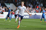 Thomas Doyle of England (8) scores during the UEFA European Under 17 Championship 2018 match between England and Italy at the Banks's Stadium, Walsall, England on 7 May 2018. Picture by Mick Haynes.