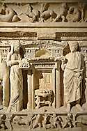 Sidamara Sarcophagus,  a 2nd century marble Roman sarcophagus from Ambararasi (Konya) Turkey. Istanbul Archaeology Museum, Inv 1179T Cat. Mendel 112. .<br /> <br /> If you prefer to buy from our ALAMY STOCK LIBRARY page at https://www.alamy.com/portfolio/paul-williams-funkystock/greco-roman-sculptures.html- Type -    Istanbul    - into LOWER SEARCH WITHIN GALLERY box - Refine search by adding a subject, place, background colour, museum etc.<br /> <br /> Visit our CLASSICAL WORLD HISTORIC SITES PHOTO COLLECTIONS for more photos to download or buy as wall art prints https://funkystock.photoshelter.com/gallery-collection/The-Romans-Art-Artefacts-Antiquities-Historic-Sites-Pictures-Images/C0000r2uLJJo9_s0c