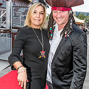 NLD/Amsterdam//20170522 - Film premiere  Pirates of the Caribbean, Gallyon van Vessem en partner Greg de Jong
