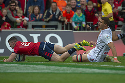 October 20, 2018 - Limerick, Ireland - Sammy Arnold of Munster scores a try during the Heineken Champions Cup match between Munster Rugby and Gloucester Rugby at Thomond Park in Limerick, Ireland on October 20, 2018  (Credit Image: © Andrew Surma/NurPhoto via ZUMA Press)