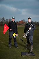 ALKMAAR - greenkeepers Sluispolder. Vader Hans en zoon Dave Muis. COPYRIGHT KOEN SUYK