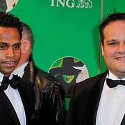 NLD/Scheveningen/20111106 - Premiere musical Wicked, Jan Kees de Jager en partner Angelo Schoop