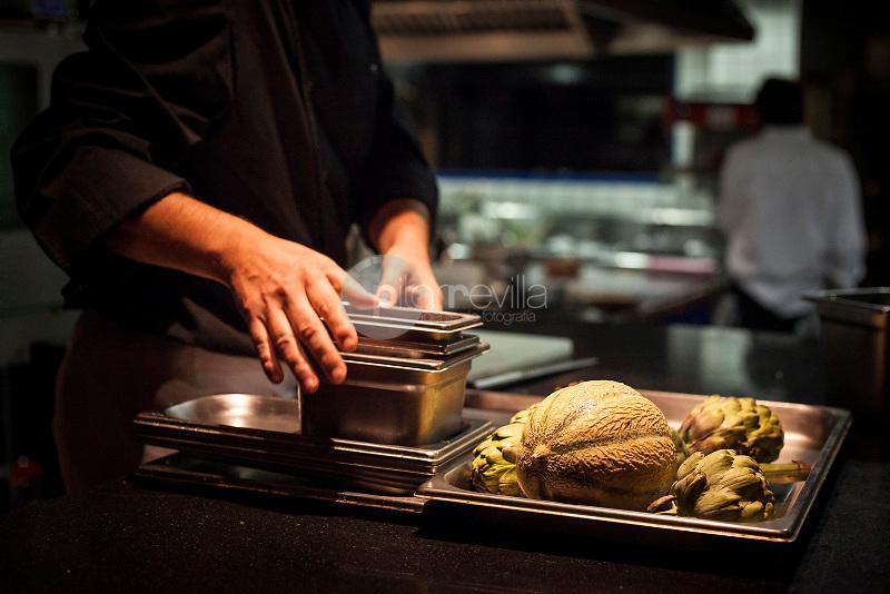 Can Fabes Restaurant. Kitchen of the restaurant. ©Hugo Fernandez Alcaraz / PILAR REVILLA