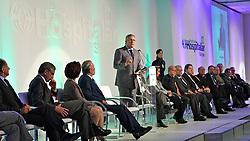 O ministro da saúde, Alexandre Padilha durante abertura oficial da HOSPITALAR 2011 - 18ª Feira Internacional de Produtos, Equipamentos, Serviços e Tecnologia para Hospitais, Laboratórios, Clínicas e Consultórios, que acontece de 24 a 27 de maio de 2011, no Expo Center Norte, em São Paulo. FOTO: Jefferson Bernardes/Preview.com