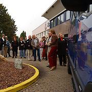 Onthulling + overdragen nieuwe Belbus St. Welzijn okaal Huizen