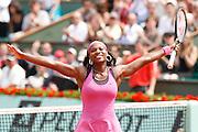 Roland Garros. Paris, France. June 3rd 2007..Serena WILLIAMS wins against Dinara SAFINA..