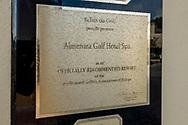 22-10-2018 Almenara Golf Club in Sotogrande, Cádiz, ontworpen door Dave Thomas.<br /> ALMENARA: een verweerd bord toont aan dat het resort de aanbeveling heeft van PGA Europe.
