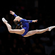 Chunsong Shang of China performs on the Floor at the 46th FIG Artistic Gymnastics World Championships Apparatus Final in Glasgow, Britain, 1 November 2015.