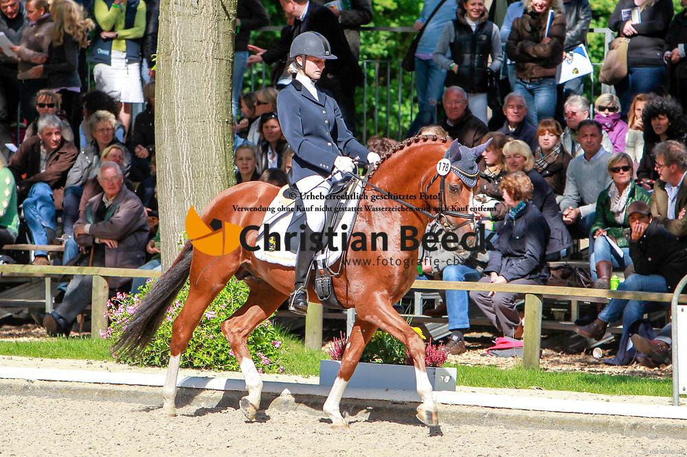, Warendorf - Bundeschampionate  01. - 05.09.2010, Chantre 31 - Tietze, Janina