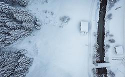 THEMENBILD - mit Schnee bedeckte Bäume mit einem Bach in der winterlichen Landschaft, aufgenommen am 12. Dezember 2018 in Saalbach, Österreich // trees covered with snow with a river in winter landscape, Saalbach, Austria on 2018/12/12. EXPA Pictures © 2018, PhotoCredit: EXPA/ JFK