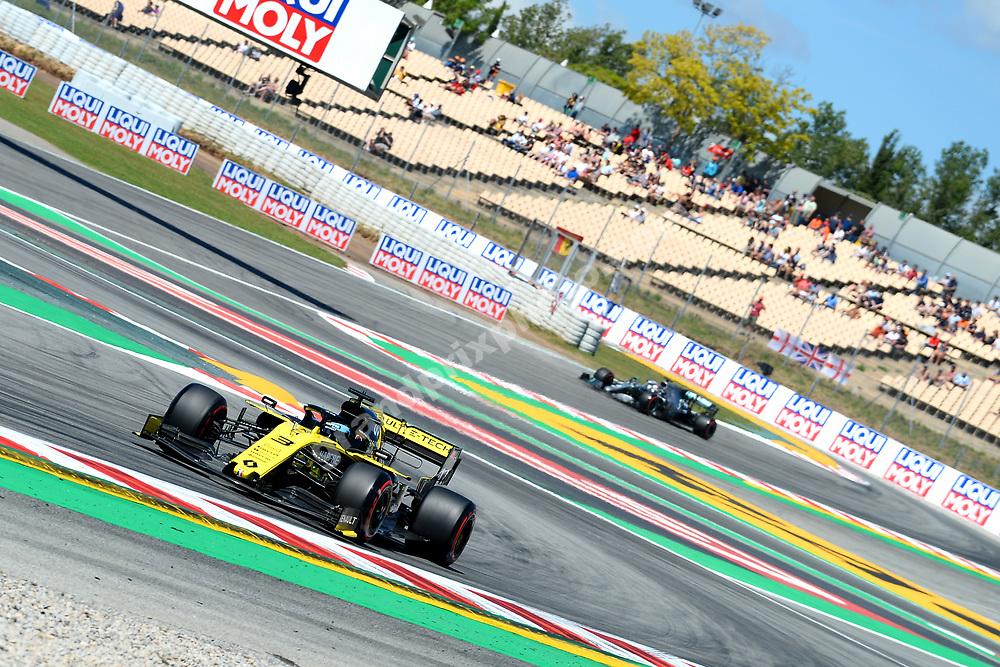 Daniel Ricciardo (Renault) leading Lewis Hamilton (Mercedes) during practice before the 2019 Spanish Grand Prix at the Circuit de Barcelona-Catalunya. Photo: Grand Prix Photo