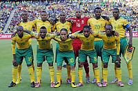 Fotball<br /> VM 2010<br /> 11.06.2010<br /> Sør Afrika v Mexico<br /> Foto: Witters/Digitalsport<br /> NORWAY ONLY<br /> <br /> Lagbilde Sør Afrika<br /> v.l. hinten v.l. Siboniso Gaxa, Katlego Mphela, Kagisho Dikgacoi, Torwart Itumeleng Khune, Bongani Khumalo, Aaron Mokoena, vorn v.l. Lucas Thwala, Teko Modise, Steven Pienaar, Siphiwe Tshabalala, Reneilwe Letsholonyane<br /> Fussball WM 2010 in Suedafrika, Vorrunde, Eroeffnungsspiel Suedafrika - Mexiko
