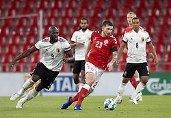 Pierre Emile Højbjerg (Danmark) og Romelu Lukaku (Belgien) under UEFA Nations League kampen mellem Danmark og Belgien den 5. september 2020 i Parken, København (Foto: Claus Birch).