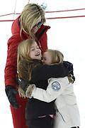 Fotosessie met de koninklijke familie in Lech /// Photoshoot with the Dutch royal family in Lech .<br /> <br /> Op de foto / On the photo: Koningin Maxima met Prinses Eloise en Prinses Léonore