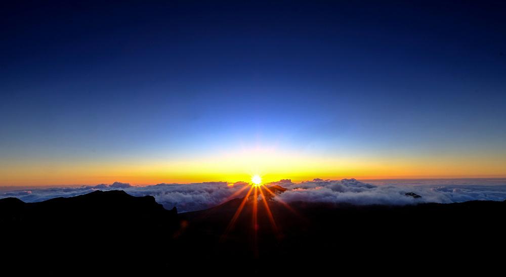 Sunrise atop Mt Haleakalā on the Island of Maui