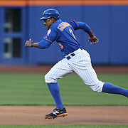 Curtis Granderson, New York Mets, attempting to steal second base during the New York Mets Vs Washington Nationals MLB regular season baseball game at Citi Field, Queens, New York. USA. 31st July 2015. Photo Tim Clayton